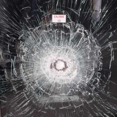Descubra motivos pelos quais o vidro blindado é a melhor forma de proteção do mercado